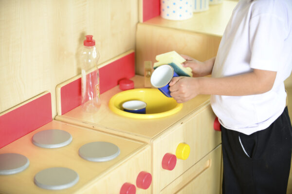 washing up sink bowl domestic role play home