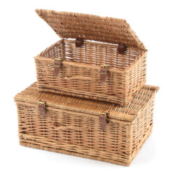 Set of Two Hampers Picnic Baskets in Willow Rattan