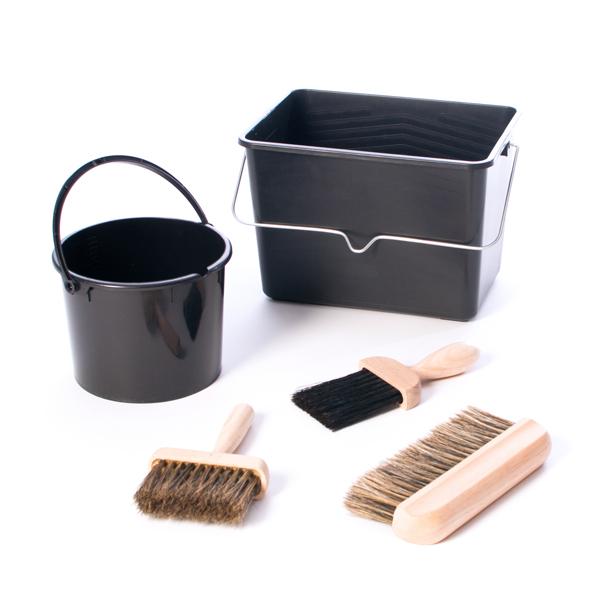 Buckets & Brushes Set 1